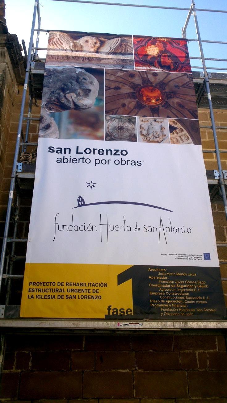 San lorenzo abierto por obras. Lona de obra